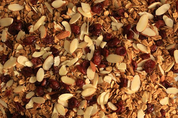 How to Make Granola - recipe discover by my friend, Amy Secklin!