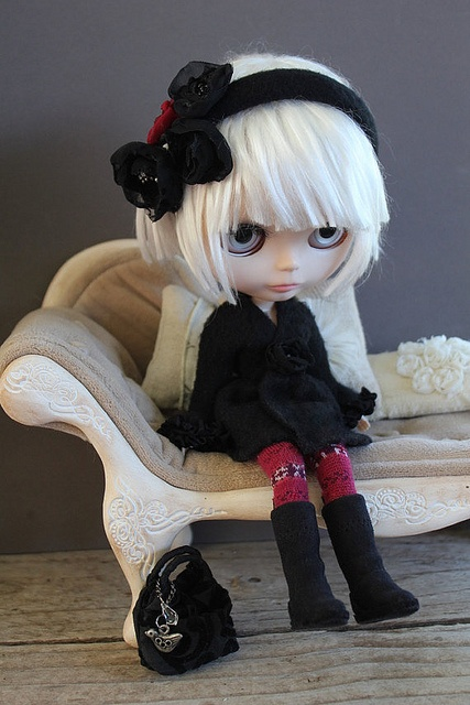 Blythe fashion by Taylor Couture on Etsy.