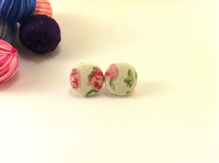 Pink floral covered button earrings with pink by Mariabuttons