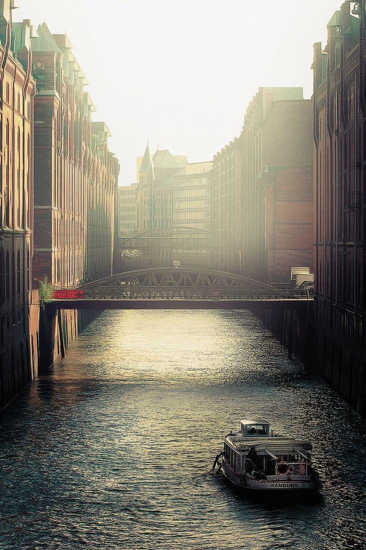 Free stock photo of city, houses, sunny, bridge