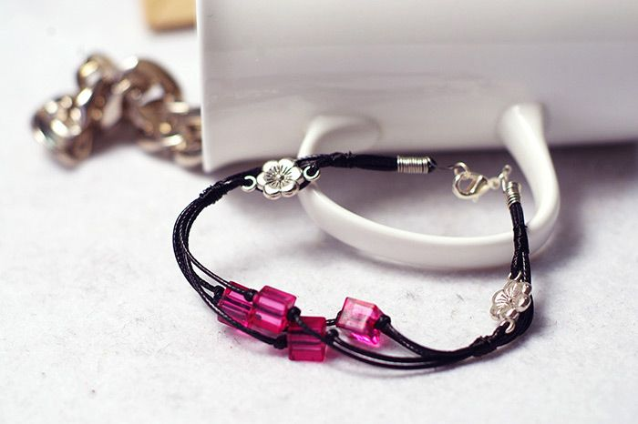 How to Make a Vivid Leather Cord Bracelet with Fuchsia Beads from pandahall.com
