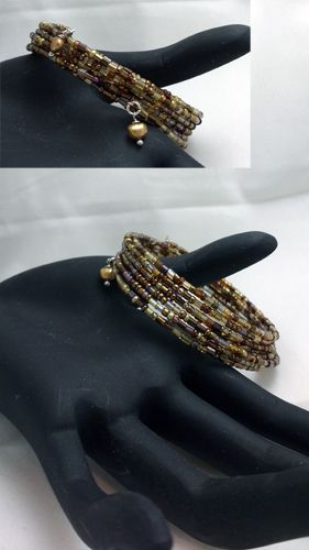 seed beads on memory wire