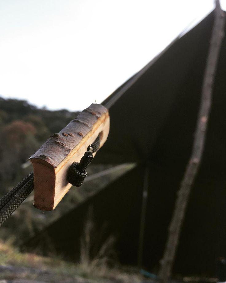 とある野営の風景。 自作の木の自在。 雰囲気良し。 #過去pic #雰囲気重視型外遊び人#野営#キャンプ#ソロキャンプ#ブッシュクラフト#アウトドア#igの繋がりに感謝 It is fun to make it yourself. #camp#camping#wildcamping #bushcraft #woodcraft #outdoors #outdoorlife #riverside #bush#forest #nature #naturelovers #instanature #fromjapan