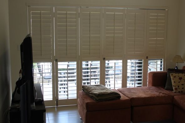 Fully adjustable shutters