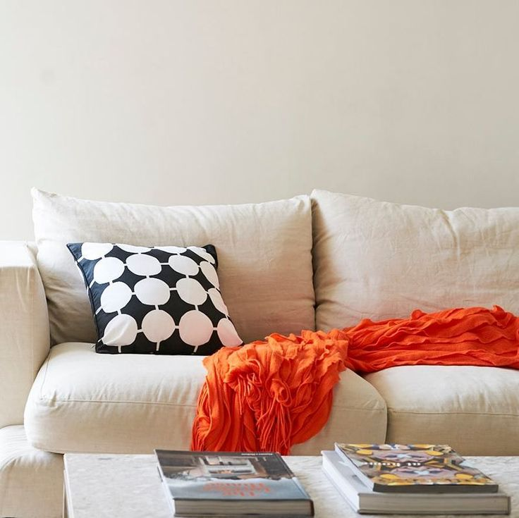 """This really has that """"welcome to the weekend"""" look #homestyling #styleinspo #lounge #couchpotato #yourstyle #instalove"""