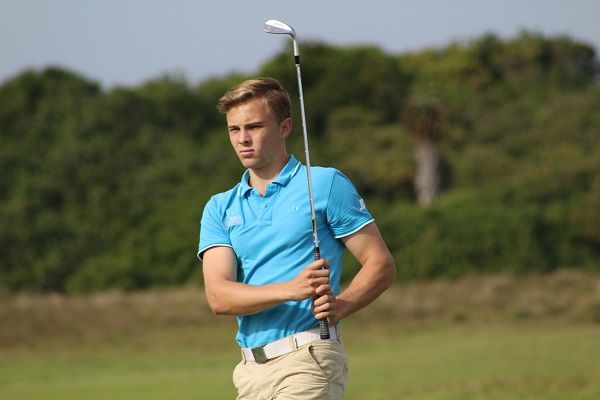 NMMU's De Beer takes strokeplay title