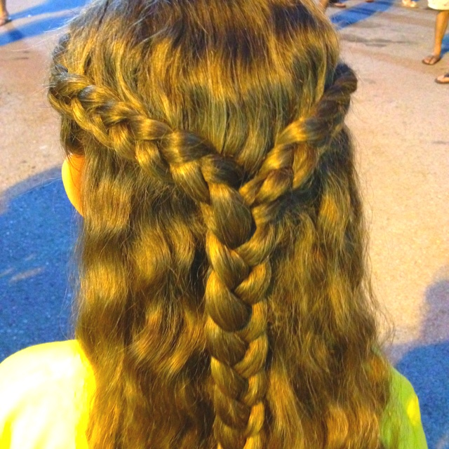 hair styles for high foreheads braid parted halo braid combined into 8931