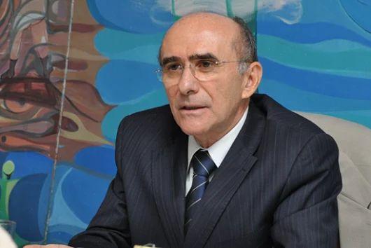 MPF denuncia ex-reitor e ex-diretores da UFRN ,contrato ilegal ~ FB noticias