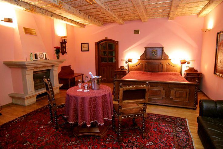 Hotel U Krále Karla   www.ukralekarla.com Hotel 4*