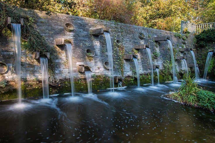 Many little waterfalls