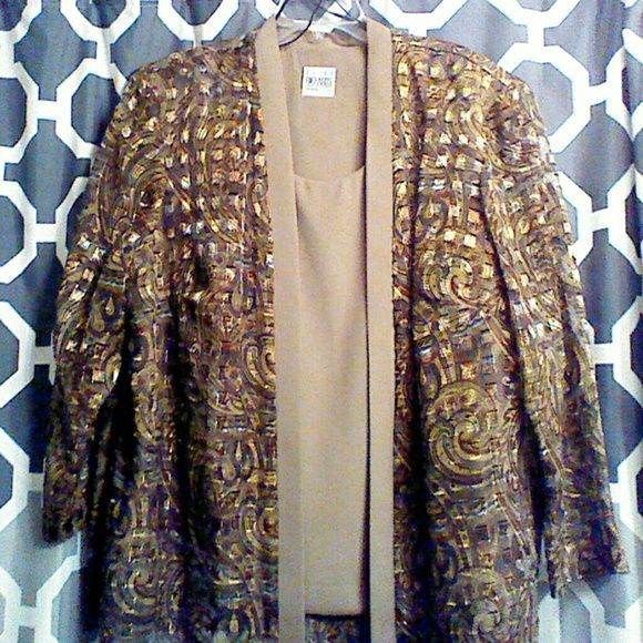 Twin set beautiful neutral tones unlimited options For officer, church, dinner, pair it with long skirt for a formal occasion!! R&M Richards women's petites Tops Blouses