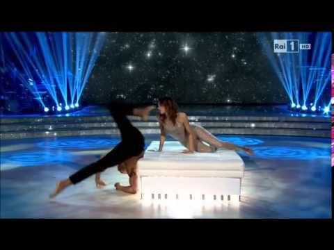 Il Freestyle di Giorgia Surina e Maykel Fonts