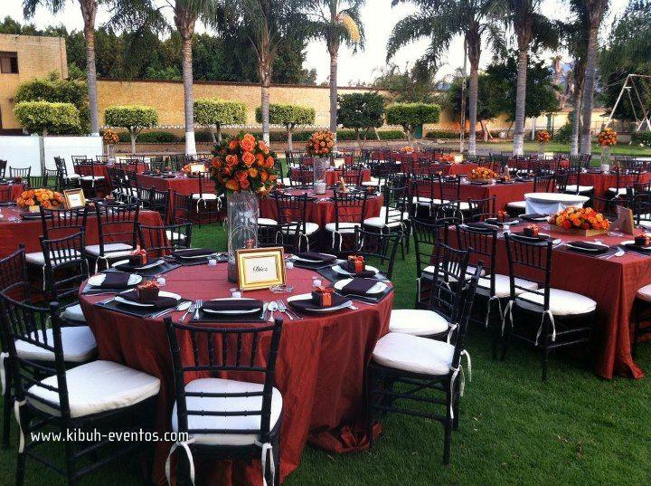 Combinacion de mesas redondas y cuadradas mantel shedron for Mesas redondas plegables para eventos