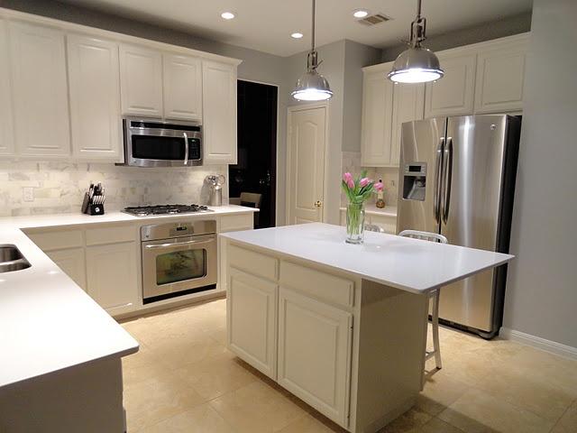 Best White Kitchen Calacatta Gold Subway Tile Backsplash 400 x 300