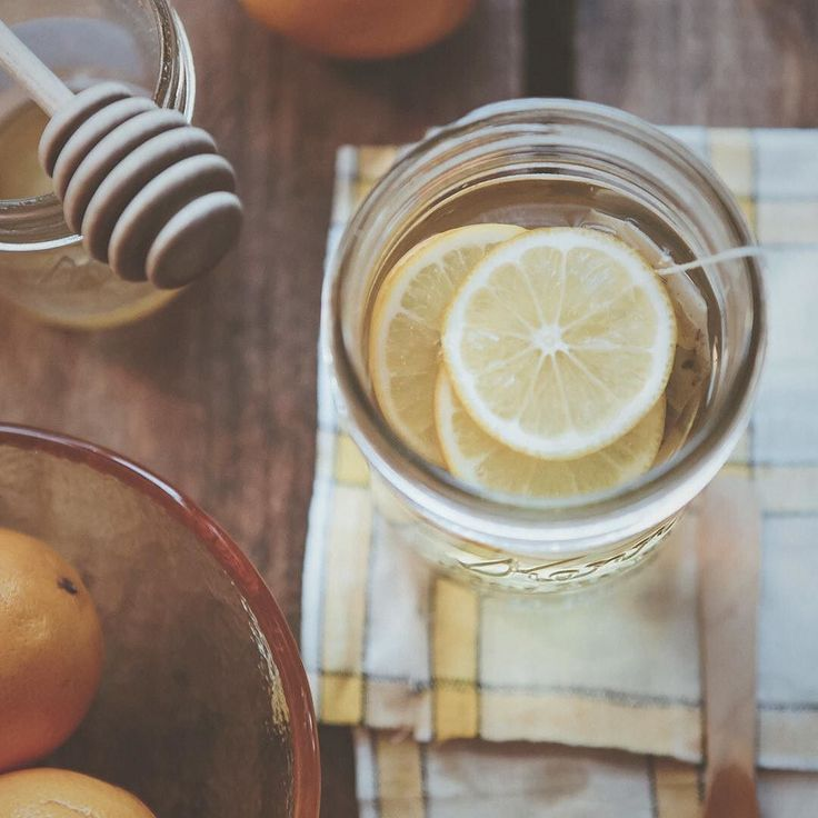 Given that lemons are our fruit of the week. Why not try a cup of @teapotteas Lemon Tart with a Heart herbal tea with a few fresh slices?  Tag who you'd share your cuppa with.  #teapotteas #lemon #herbaltea #energizing #liverpoolst