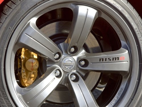 2007 Nissan NISMO 350Z wheel and brake