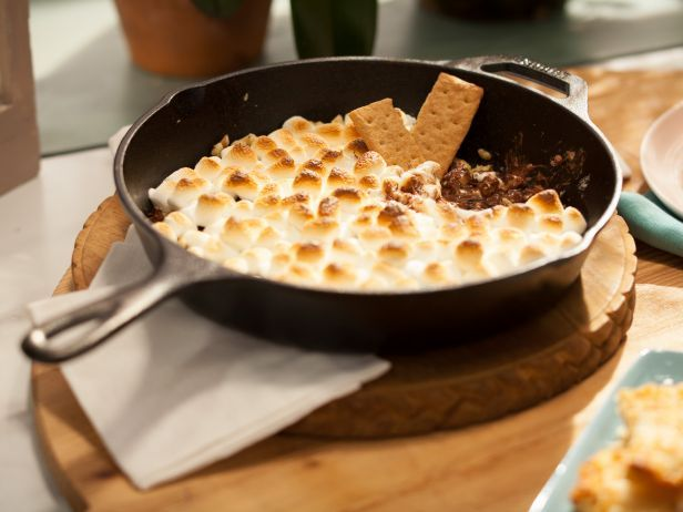 As seen on The Kitchen: Skillet S'MoresDesserts, Food Network, Recipe, Skillets Smores, Jeff Mauro, Skillets S More, Smauro, Skillets S Mauro, Sweets Tooth