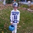Creating this R2D2 costume was fun and exciting! If you are a Star Wars fan take a look at these cool R2D2 costumes and find inspiration to make your own.