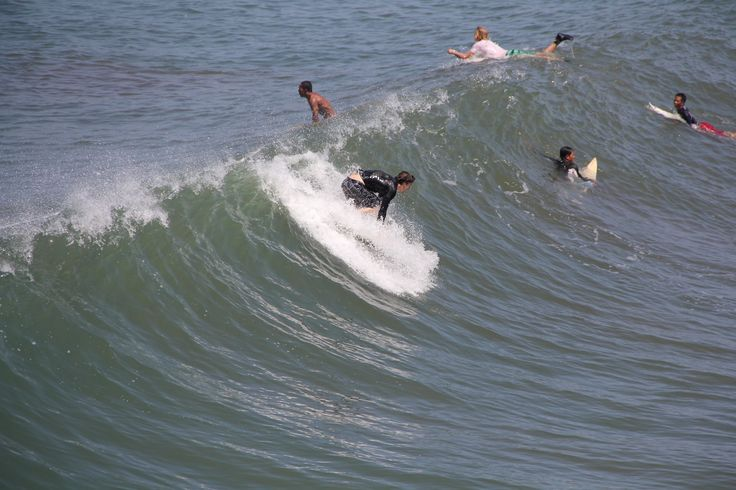 Surf and fun in the Bali island is with Bali Surf Waves guide, http://www.balisurfwaves.com/