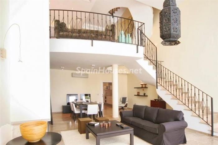 Chalet in vendita a La Línea de la Concepción (Cadice), 237m2, 5 camera da letto, 330.000 €, Ref: r2041880 - SpainHouses.net
