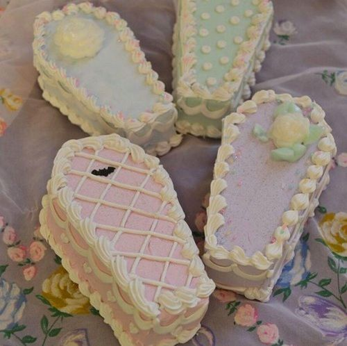 cake, pastel, and coffin image