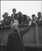 David Seymour 1948    Evacuation of children from the civil war areas.
