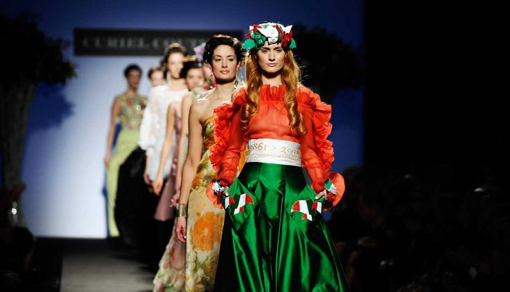 Italian fashion catwalk; © Paolo Lanzi, www.paololanzi.com
