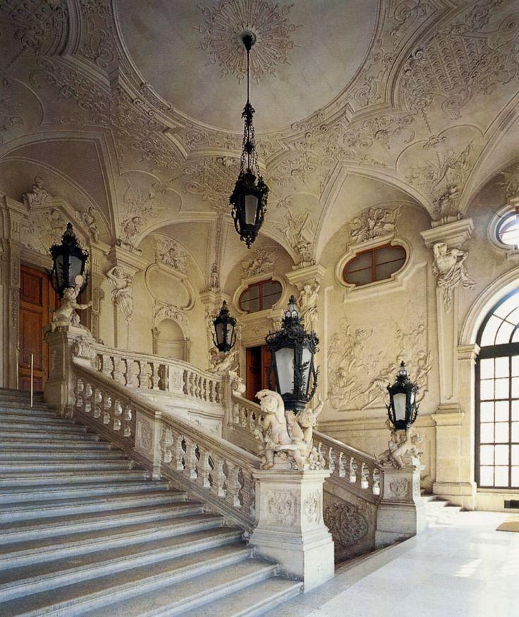 Belvedere Castle, Vienna Austria, saw the extensive Gustav Klimt collection.