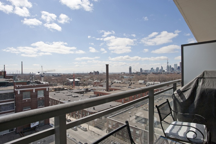 The Worklofts in Leslieville – 1 Bed 1 Bath | Spring Realty