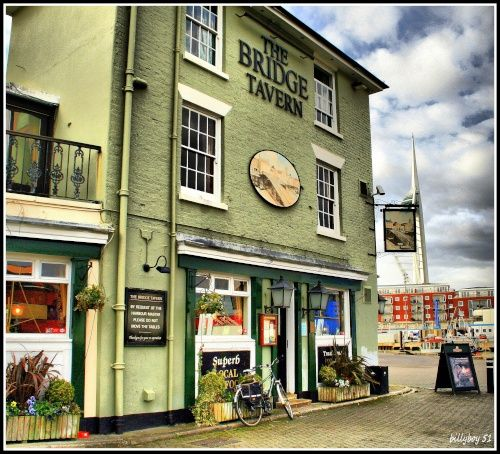 The Bridge Tavern In Old Portsmouth - a recommended pub for a pint and something to eat