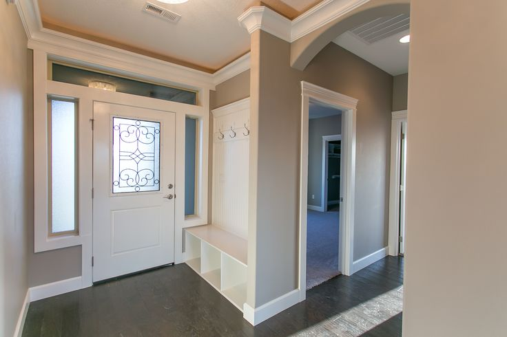 Walls Sw7023 Requisite Gray Trim Sw7004 Snowbound