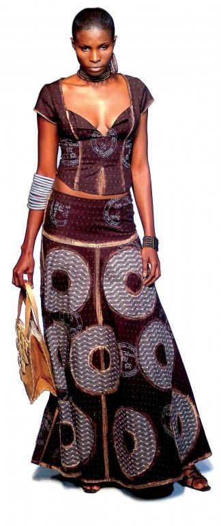 Shew-Shew fashion  http://www.designindaba.com ~DKK ~ Latest African fashion, Ankara, kitenge, African women dresses, African prints, African men's fashion, Nigerian style, Ghanaian fashion.
