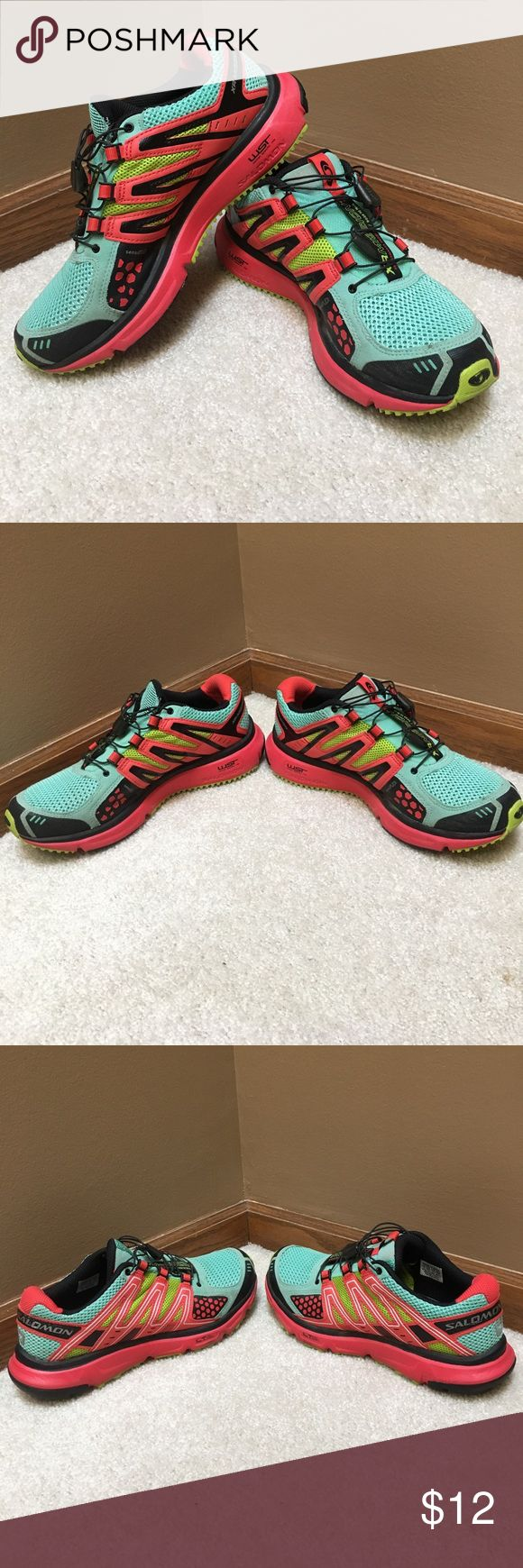 Salomon Trail Women's Athletic Shoe teal, black, salmon colored athletic shoe. lightly worn. with toggle laces. Salomon Shoes Athletic Shoes