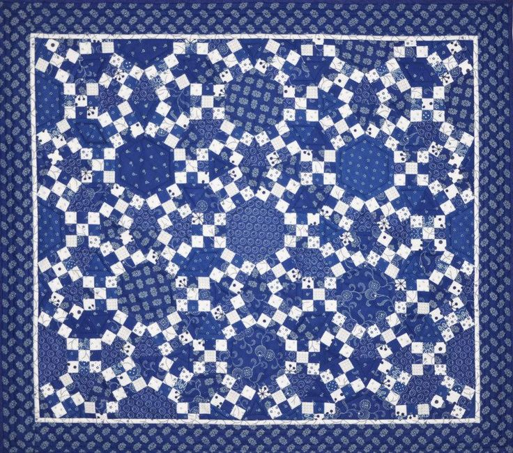 Ring Cycles Blue quilt pattern by Lessa Siegele, featured at Addicted to Fabric