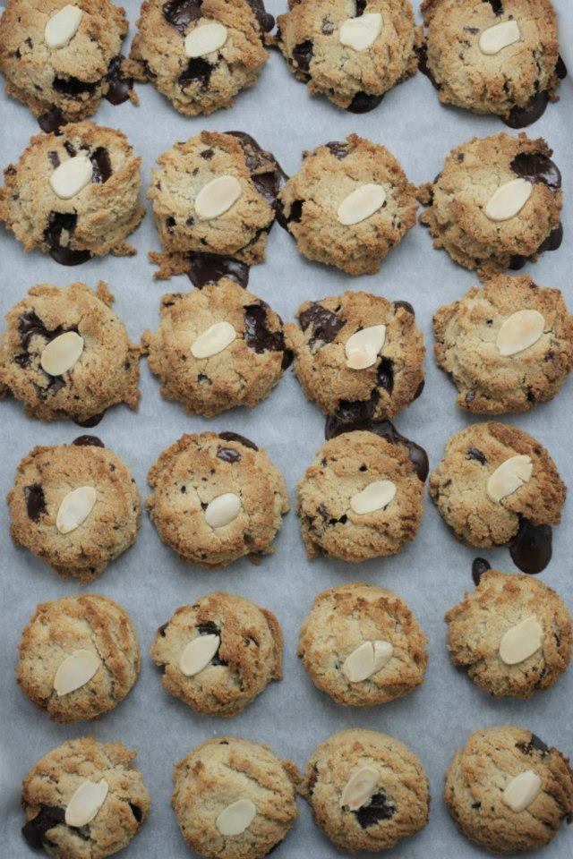 Healthy Chocolate Chip Cookies  @The Healthy Chef