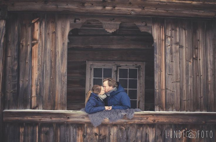 Engagement shoot at #maihaugen in #Lillehammer. Beautiful couple 💞