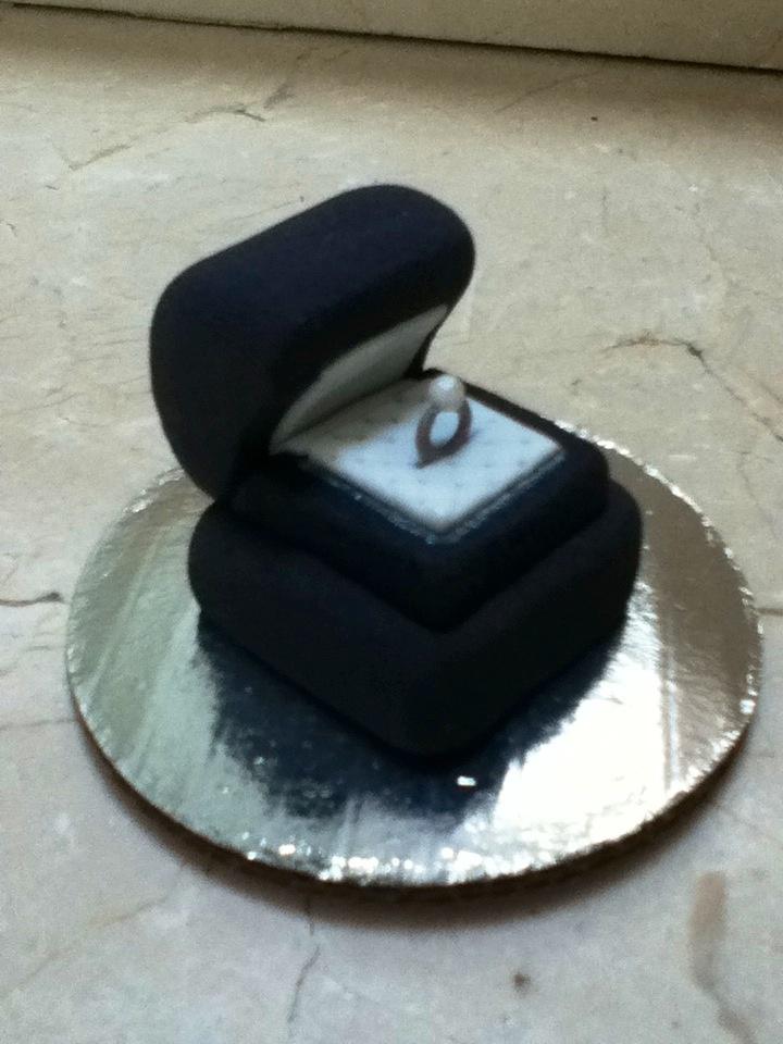 Cajita de anillo de mazapan de almendra 5510606759