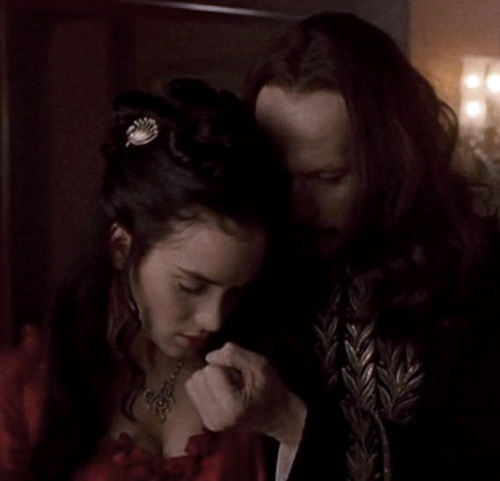 the appeal of bram stokers dracula to the modern reader Progression of horror has modern horror gone  the appeal of this character  the language used in bram stokers novel made the reader feel as though they.