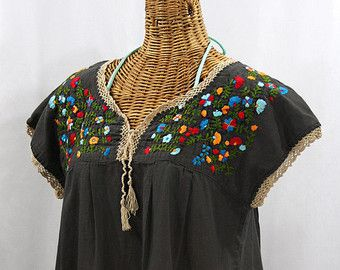 Sleeveless Mexican Peasant Top Blouse Sleeveless by Sirenology