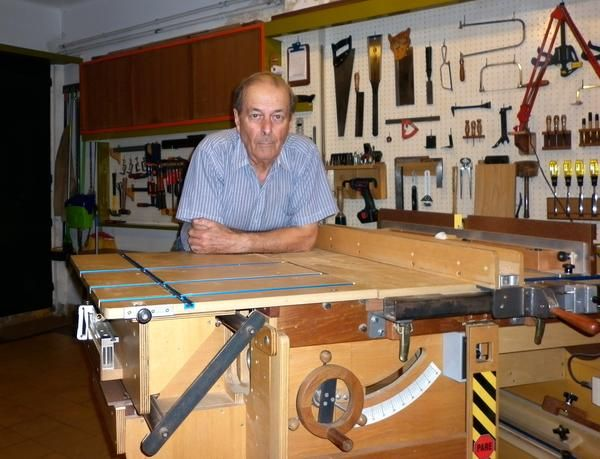 Hector Acevedo's homemade table saw
