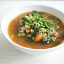Zupa z soczewicy na wędzonce @ allrecipes.pl
