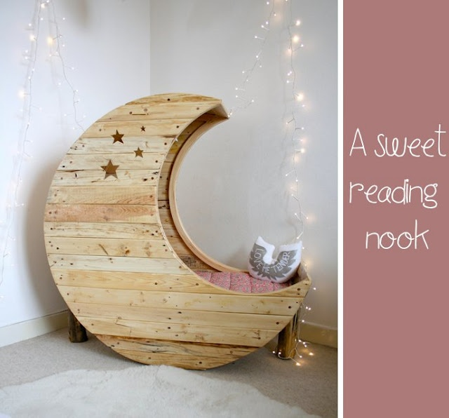 cool: Kids Beds, Little Girls, Baby Beds, Toddlers Beds, Reading Nooks, Reading Chairs, Sweet Dreams, The Moon, Kids Rooms