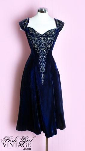 1950s Blue Velvet Beaded Dress  Id trade the velvet for a lighter fabric, but this is gorgeous.: Blue Velvet, Fashion, 1950S, Beaded Dresses, Vintage Dress, 1950 S