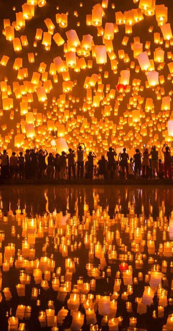 #Lantern_Festival in #Chiang_Mai - #Thailand http://en.directrooms.com/hotels/subregion/1-1-1/