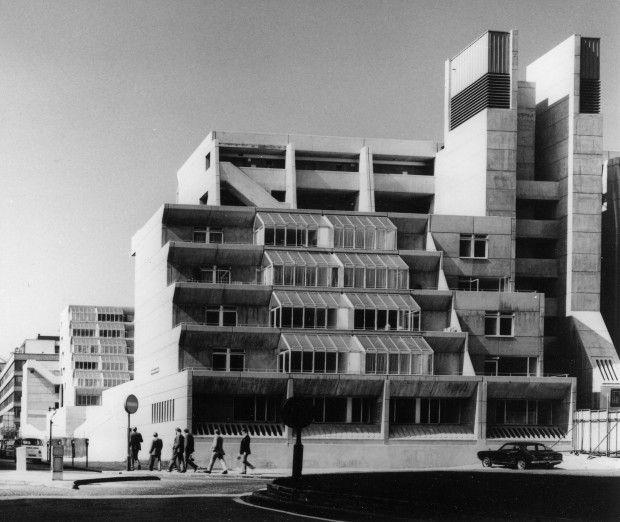 The Brunswick Centre Bloomsbury London Architect Patrick Hodgkinson Based On Studies By Leslie Martin