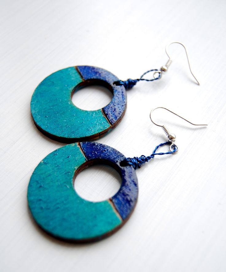 wooden pyrography earrings, pendientes, turquoise, blue, navy,