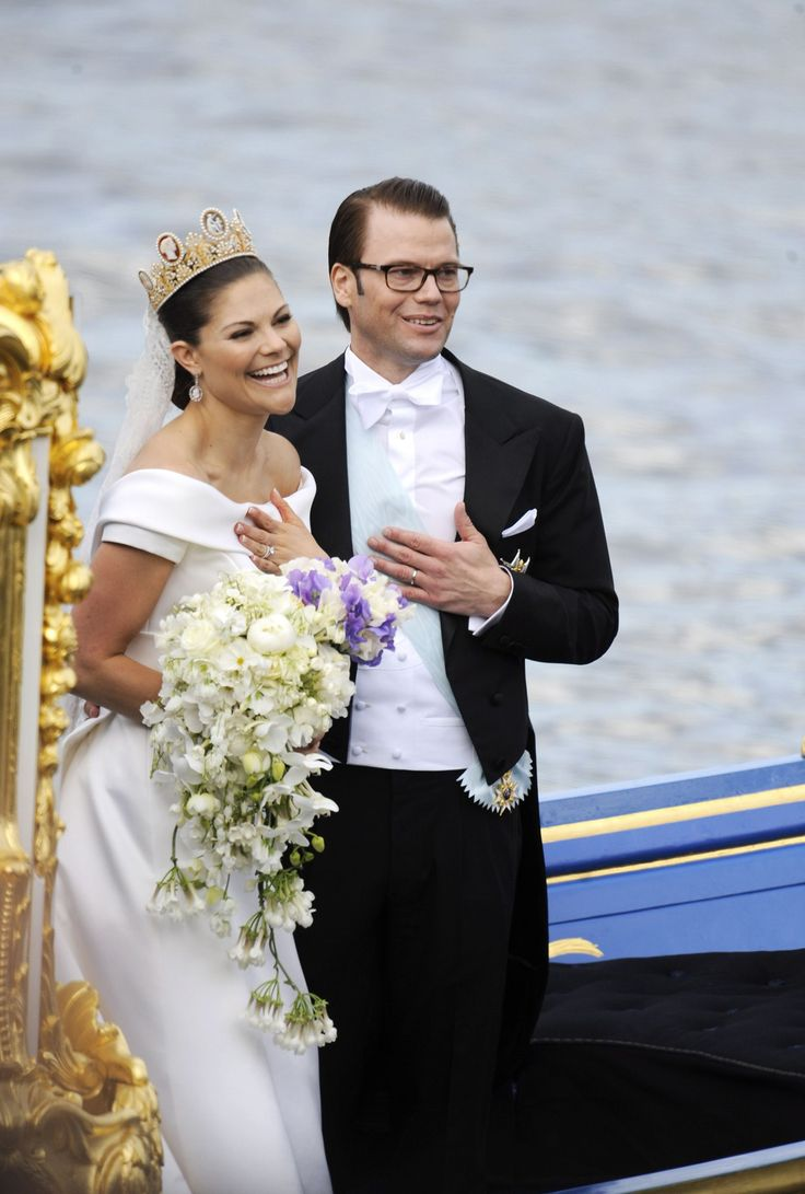 From queen silvia to crown princess victoria a look back for Royal wedding dress code