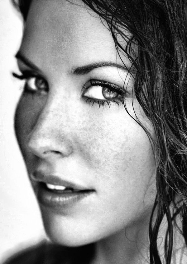 Evangeline Lily  #ShaBoomProducts #BeautiesinBlackandWhite http://www.shaboomproducts.com