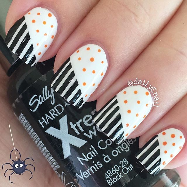 Hello and happy Day 4 of #HalloweenEnail 🎃 Today I've got a Halloween colored design that turned out way nicer that I was imagining! 🕸 I guess this is my classy AF version of Halloween nails. 😋 I'll definitely be recreating this with other colors in the future. 👻 . . . . . . . #nails #nailpolish #manicure #notd #nailsofig #prettynails #nailporn #cutenails #nailsoftheday #nailgasm #naildesign #mani #nailpictures #nailswag #instanails #nailsofinstagram #nailartobsessed #nailpolishjunkie…