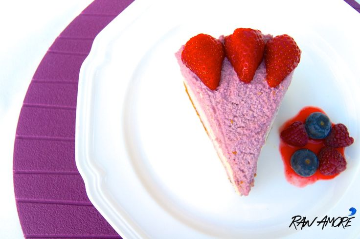 Meet our RAW TRIPLE BERRY CHEESE CAKE! It's full of flavours and it is to die for!